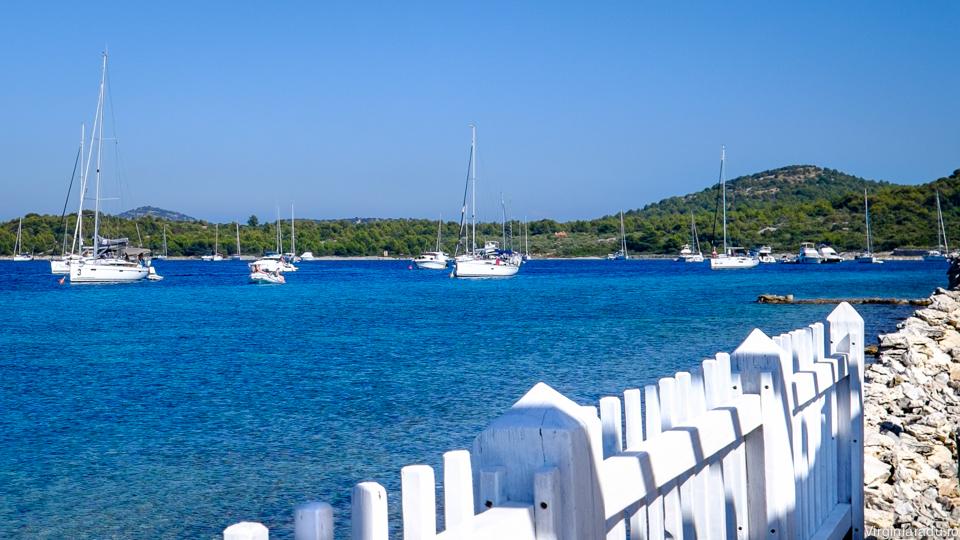 Una din cele peste 1200 insule din Croatia