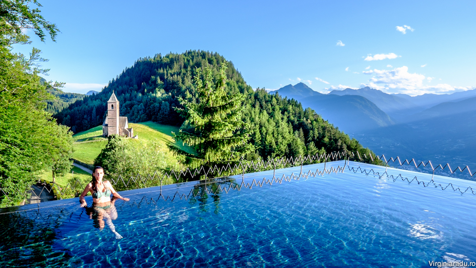 """Hotelul a intrat de curand si in lantul """"small luxury hotels of the world"""""""