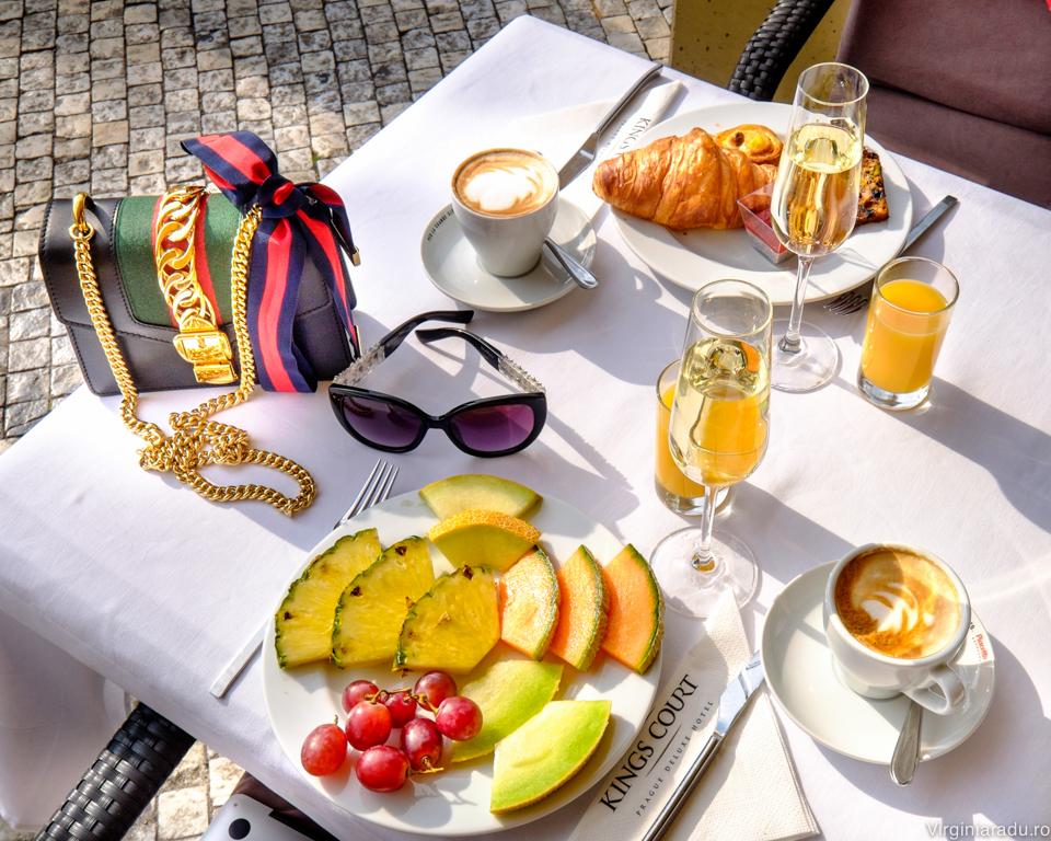 Breakfast at Kings Court Hotel, Praga